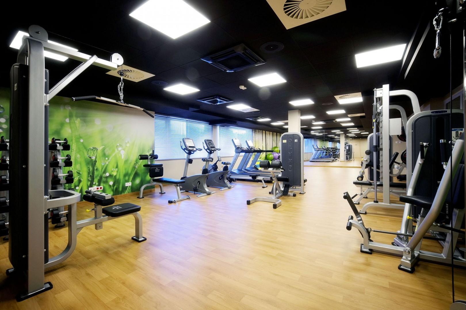 sala fitness w tristan hotel & SPA