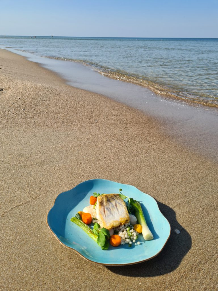 fotografia kulinarna sesja nad morzem