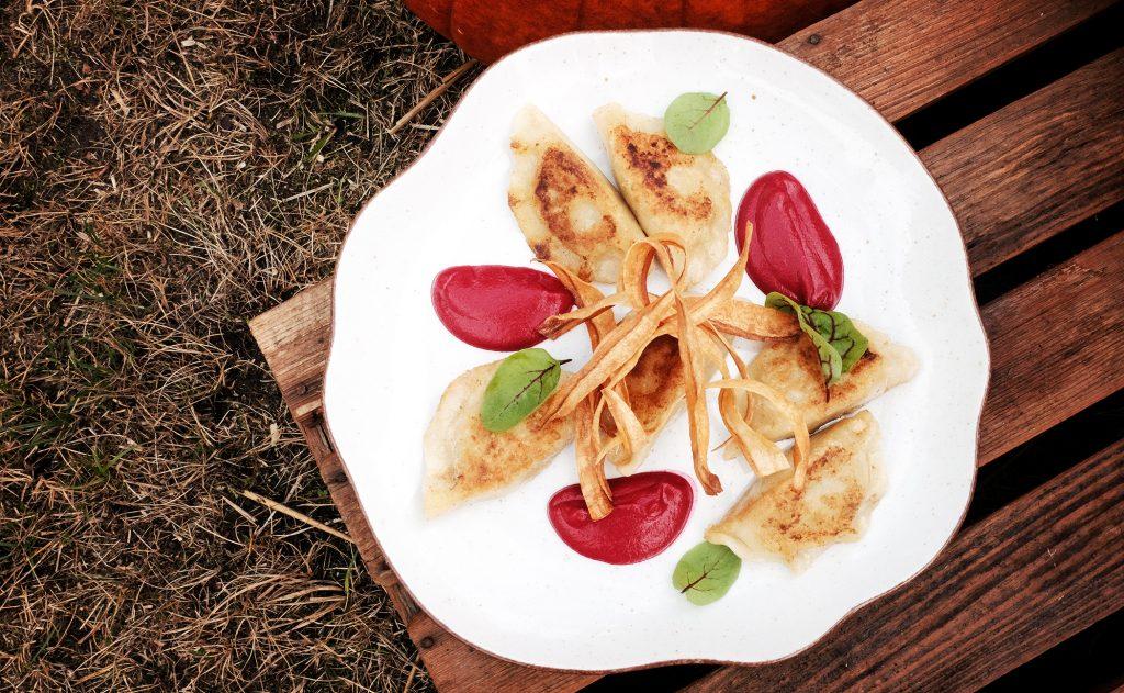 Jesień na talerzu w Restauracji Kobaltowa Pierogi z dynią i soczewicą